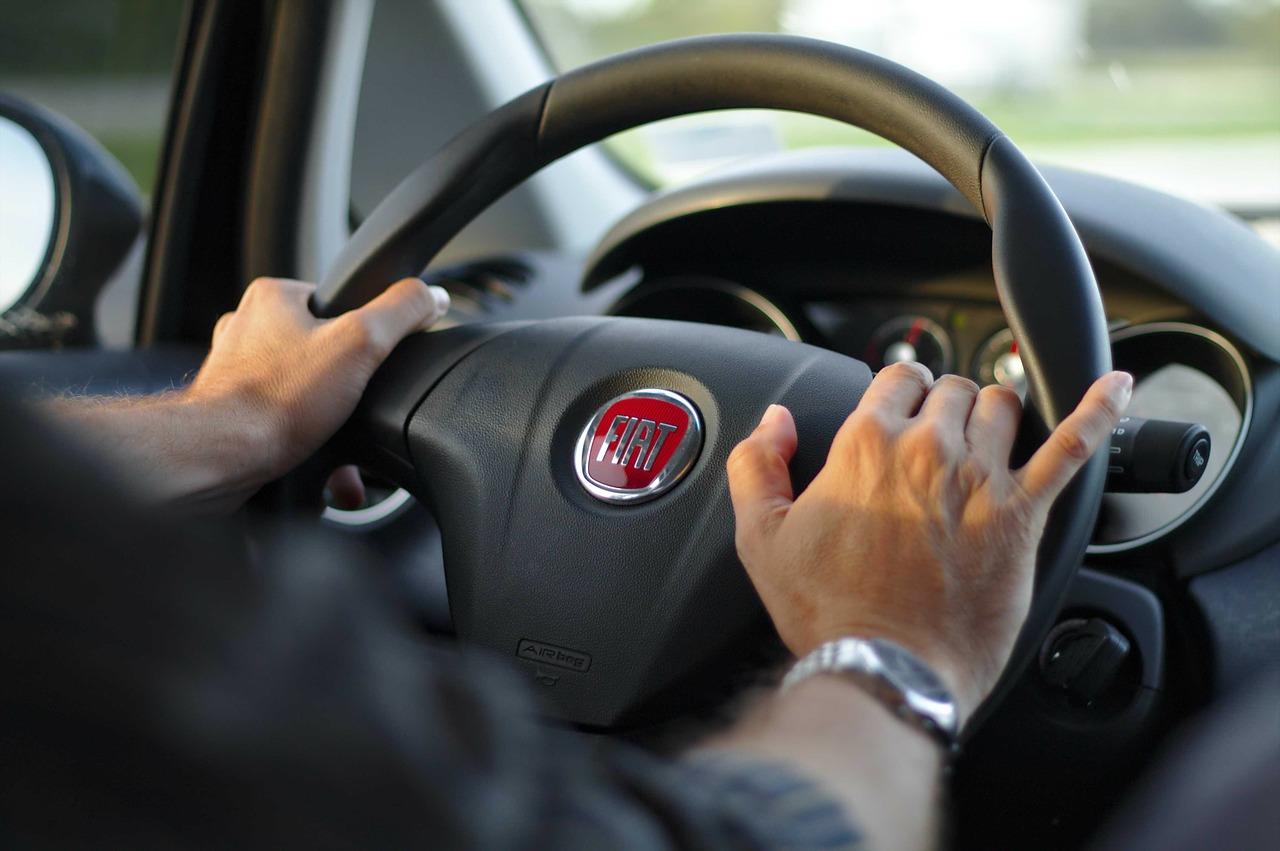 Co dalej po zdanym egzaminie – wybieramy pierwszy samochód, prawo jazdy opole
